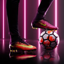 Wholesale Cheap Football Shoes Men Mercurial Superfly V FG ACC New Soccer Boots Original Sneakers Sports Shoes Size