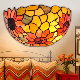 Wholesale Tiffany wall lamp sconce light Simple Creative Antique stained glass bedroom Exterior wall lights corridor E27 bedside bathroom vanity