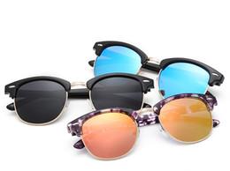 2017 espejo de cristal clásico Half Alloy Club Gafas de Sol Classic Hombres Mujeres Diseño de marca Gafas Gafas Oculos De Sol UV400 espejo de cristal clásico oferta
