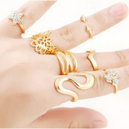 7Pcs Set Mid Finger Rings Star clover Knuckle Rings Punk Gold Plated Stackable Nail Knuckle Rings Special gift jewelry of choices for women