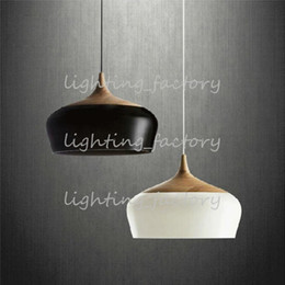 Wholesale New Modern Wood and Aluminum Pendant Lamps White Black Color ceiling chandeliers for dinning room kitchen coffee bar