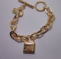 Wholesale jewelry alloy FAshion Women Jewelry Best Selling Simple lock Bracelet Factory