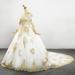 New Winter White and Gold Wedding Dresses Long Sleeve Appliques Lace Ball Gown Bridal Gowns Vestido De Noiva Custom W035