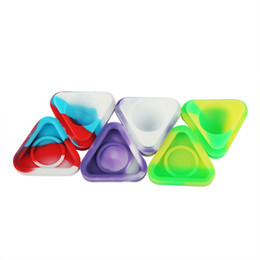 Wholesale Nonstick Wax Containers silicone box ml triangle Silicon container Non stick food grade wax jars dab storage jar oil holder
