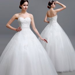 Wholesale LGM14 Cheap Elegant White Puffy Tulle Wedding Dresses For Uk Castle Sweetheart Crystal Lace Appliques Lace Up Corset Bodice Bridal Dres