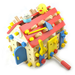 Wholesale Baby Toys Mother Garden Strawberry Wooden Screw House Removable Toy Baby Educational Multifunctional Nut Combination Toy Gift