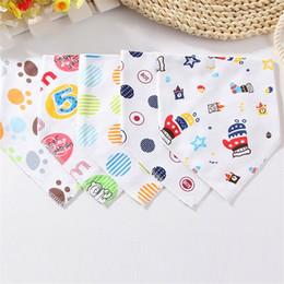 Baby Organic Cotton Double Layers kerchief Baby Bibs Towel Triangle Bandanas Burp cloths Saliva bibs infant Pinafore Apron Baby Feeding B534