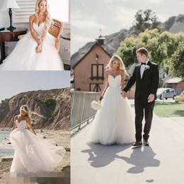 2019 New Beach Wedding Dresses Cheap Simple Vintage Bohemian Bridal Gowns Spaghetti Strap Backless Tulle Long Floor Length Boho Formal Dress