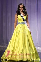 Wholesale AMY INGRAM MISS TEEN USA Pageant Prom Dresses A Line Deep V Neck Yellow Major Beaded Tierd Skirts Celebrity Dress Formal Evening Gowns