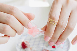 Wholesale Minutes small arrow paper ring for the women of simple ring festival best gift