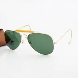 Wholesale 2016 Top Brand Classics Pilot Outdoorsman Sunglasses Men Women Alloy Metal Frame Crystal Green Glasses Lens mm Original Case Box