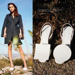 Free Shipping Black&White Round & Square Embellishment Sandals Women Fashion Summer Sandale Femme Open Toe Chunky Heels Slip-On Woman Shoes