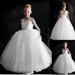 Nouveau luxuriant blanc bourgeon de soie robe de fille de fleur 2016 mariage demoiselle d'honneur petite fille un sacrement de vacances robe de soirée à partir de nouveaux bourgeons floraux fabricateur