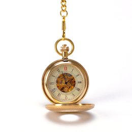 Wholesale Luxury Gold Fish Scales Grain Art Design Roman Numbers Hand Wind Mechanical Pocket Watch Mixed Pocket Watch