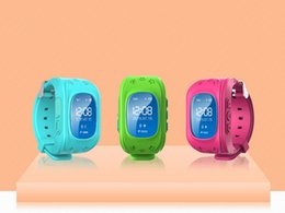 Promotion enfants finder 2016 Smart Kid Safe GPS Watch Montres-bracelets SOS Call Localisation Finder Tracker de localisation pour enfants Enfants Anti Lost Monitor Baby Q50 Q60