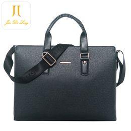 Mens Cross Body Waterproof Briefcase Leather bags Men Real Leather Handbag Briefcase Laptop Shoulder Bag Messenger Bags Tote