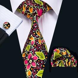 Mens Printed Ties Mix Color Flower Pattern Business Wedding Silk Tie Set Include Tie Cufflinks Hankerchief Freeshipping N-1241