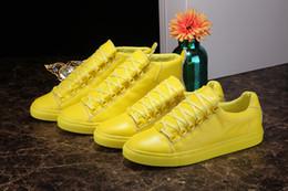 Wholesale Paris designers High Top Shoes Bootie sheepskin Walk Sport Shoes Men Fashion Lace Up Casual Men Flats Men s Fashion Yellow shoes