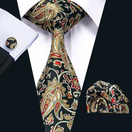 New Style Mens Printed Ties Yellow Flower Pattern Floral Black Business Wedding Silk Tie Set Include Tie Cufflinks Hankerchief N-1254