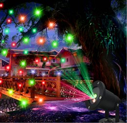 Wholesale Outdoor led christmas lights Laser stage light projector in1 in1 in1 Red Green light IP68 Waterproof for garden yard decotation