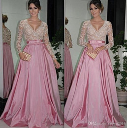 Long Sleeve Evening Dresses with V Neck Lace Beaded Bodice Ruffled Taffeta A-Line Mother of the Bride Dresses with Belt Zipper Back L1281
