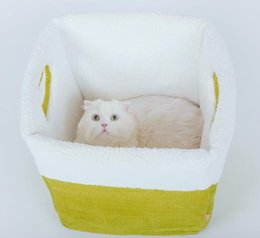 Wholesale Soft Pads Handle - Ultra soft wincey belt handle winters windproof cat bed pet supplies cat toy