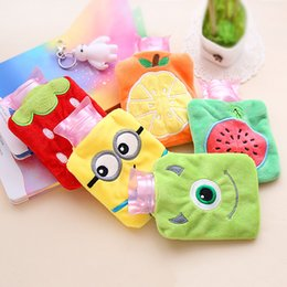 Wholesale 2016 Soft Warm Winter Bottle Cartoon Fresh Small Hot Water Filling Bag Container Hand Bag Promotional Gift