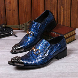 Personalized Men Blue Leisure Leather Shoes Fashion Designer Metal Toe Charm Slip On Crocodile Pattern Boat Shoes For Show Black