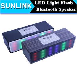 Boîte de haut-parleur de radio à vendre-Veine du bois flash LED Mini Bluetooth haut-parleur portable sans fil subwoofer stéréo Hifi Music Player Sound Box support TF USB FM Radio Aux In
