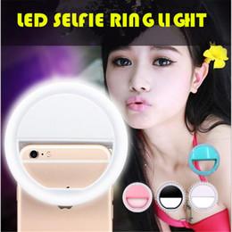 Anillo de luz led de la cámara en Línea-El reflector redondo redondo del círculo de la luz del anillo de 2017 LED Selfie rellena la lámpara ligera de la cámara del teléfono celular Luz de Selfie para el iphone 6 7 más samsung s7 s8 ipad