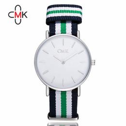 La mejor calidad de la marca de fábrica 2016 CMK de la calidad mira los relojes de manera de nylon de la correa de los hombres ocasionales Reloj de Relogio Masculino caliente desde los mejores relojes de moda de calidad proveedores
