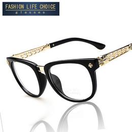 Acheter en ligne Or gros cadres lunettes-2015 Mode Design de la marque Classic Metal Frame lunettes optiques Frames Gold Arm Vintage Lunettes pour les femmes en gros