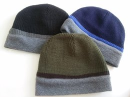 Wholesale Amry style hiphop Sports Men knit Fleece Polar Reverisble wearing covering ear beanie caps warmer so soft hat overlock stitch Fashion