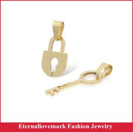 18k Gold plated lock and key pendant fashion stainless steel jewelry design for men and women