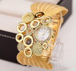 Wholesale Fashion lady hot style watches mesh belt studded watch women clothing accessories table sell like hot cakes