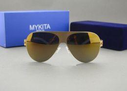 Gros chaude! 2016 meilleure qualité en caoutchouc transparent MYKITA et marque cas lunettes de soleil lunettes de soleil polariseur hommes et femmes plage à partir de meilleures lunettes de soleil gros fournisseurs