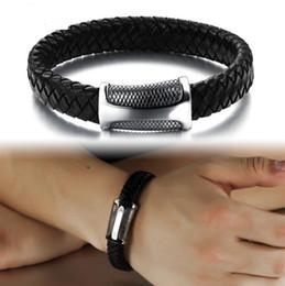 Fashion Men Bracelet Punk Rock Design Multilayer Leather Bracelet Stainless Steel Bracelet Bangle Magnet Buckle Rope Chain Wholsale