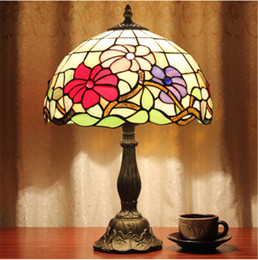 Wholesale 12Inch Tiffany Style Table Lamp With Flowers And Leaves Patterns With Stained Glass Free get W E27 LED Bulb AC110V V