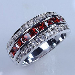 Victoria Wieck Luxury Jewelry 10kt white gold filled Red Garnet Simulated Diamond Wedding princess Bridal Rings for Men gift Size 8 9 10 11