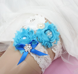Wholesale Blue Floral Adorned Set White Lace Bridal Garters For Bride s Wedding Garters White Leg Garters In Stock Cheap