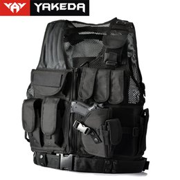 Wholesale Hot Police or Military Tactical Vest Wargame Tactical Vest Body Armor CS Outdoor Products Equipment with Colors