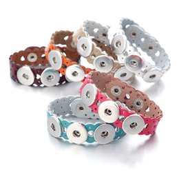 New SG01111 Beauty Colorful hollow hearts leather ginger snap bracelet 22CM fit 18MM ginger snap buttons wholesale