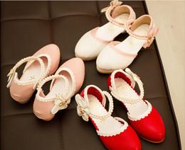 Descuento sandalias de perlas flores Nueva llega rosado con la perla niños de flor de tacón alto de las sandalias de la princesa de la moda rojo flor de la perla niñas sandalias de tacón alto 24