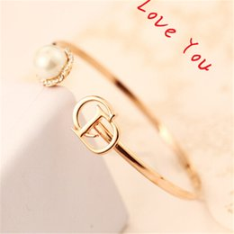 Hot Selling Luxury Crystal Pearl Bangles & Bracelets Personality Letter C&D Gold Plated Open Charms Bangles Designer Indian Jewelry