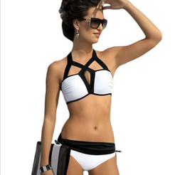 Descuento xl negro tankini Moda de Europa más el traje de baño atractivo del bikiní de las mujeres calientes del verano Traje de baño del resorte caliente del traje de baño del resorte caliente de Halter Black 2pcs Bikiní determinado