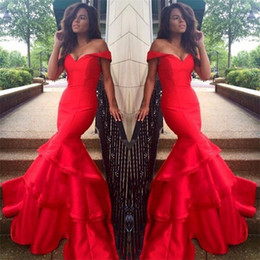 2018 Sweetheart Neck Long Mermaid Red Evening Dresses vestidos de noiva Formal Prom Gowns With Sleeveless Tiered