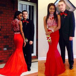 Fashion Two Pieces Dress Red Mermaid High Neck Prom Gowns Beaded Appliques Long Formal Evening Party Dresses with Sweep Train Custom