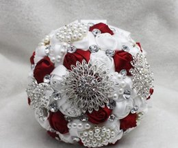 Wholesale Luxury Crystals Beads Pearls Artificial Wedding Bouquets Different Colors Hand Made Wedding Suppliers Bridal Bouquet Real Picture