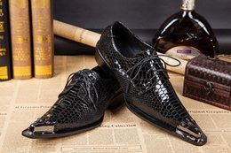 European and American business casual shoes of England pointed lace patent leather shoes, men's large size shoes, fashion Barber shoes