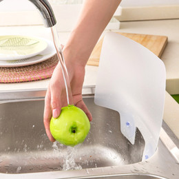 Wholesale New Kitchen Wash Basin Sucker Plastic Water Splash Guards Dish Washing Baffle Sink Board CM HG0169